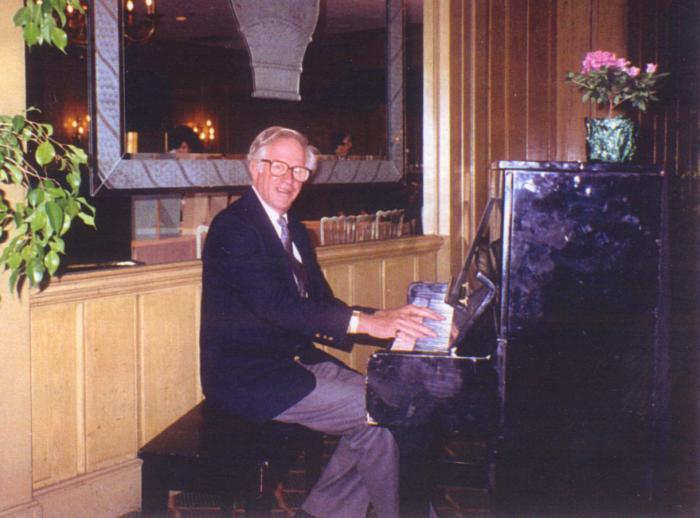 Robert M. Frank
