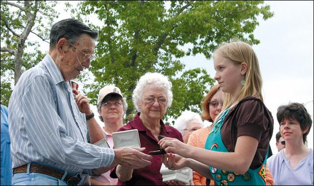 87th Veteran's Military Honors Stolen;  Girl Scouts Give the Veteran His Legacy